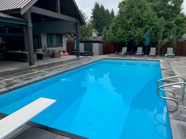 Pool with jumping strip
